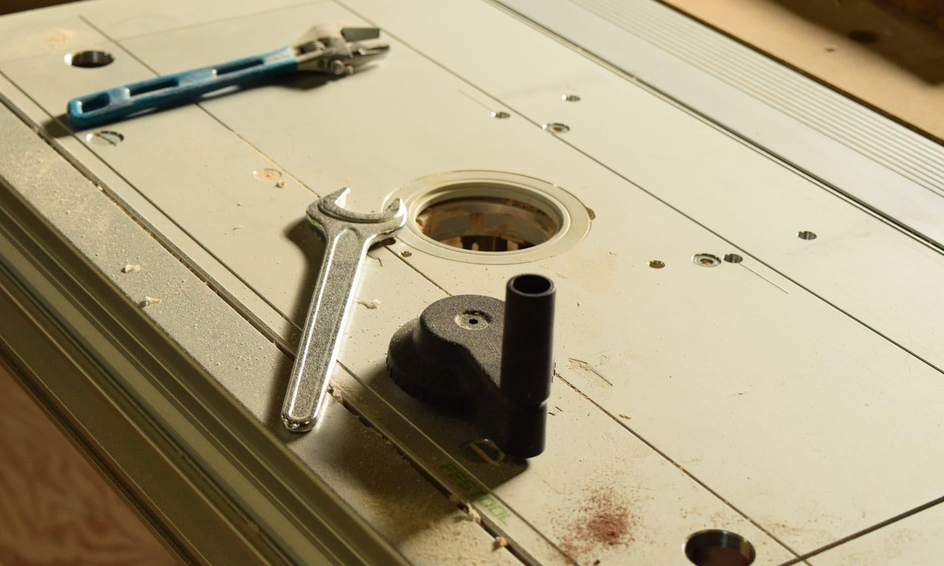 枚方で家具修理なら家具町工房におまかせ下さい。